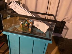 20 gallon long aquarium fish tank for Sale in Anderson Island, WA