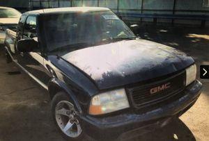 Parts for sale 2001 GMC Senoma for Sale in Rancho Cordova, CA