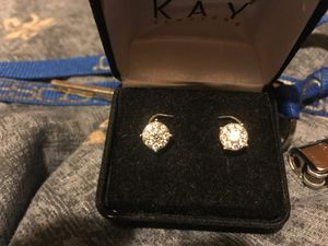 Real diamond men's stud earrings for Sale in Cypress, TX