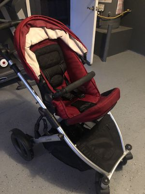 Used Britax B Ready Stroller W/ Car Seat for Sale in El Centro, CA