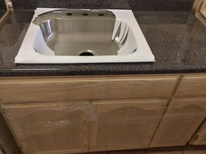 4ft kitchen cabinet countertop & sink for Sale in Los Angeles, CA
