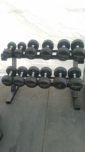 ( EXERCISE FITNESS 365 ) TKO COMMERCIAL GRADE RUBBER COATED DUMBBELLS WITH OCTAGON HANDLES FOR BETTER GRIP ALSO SOLID AND STURDY RACK for Sale in Long Beach, CA