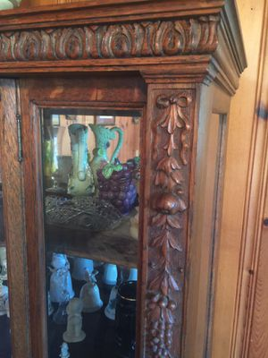 Antique Tiger Oak China Cabinet for Sale in Boiling Springs, SC