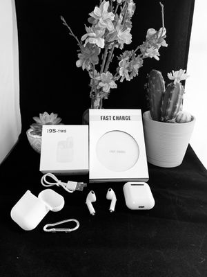 i9s TWS Earbuds and 10W wireless charger for Sale in Foxcroft Square, PA