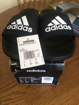 Boy Adidas Slides Size 7,6,5,4,3,2 for Sale in Kalamazoo, MI