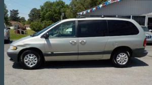 1999 Dodge Grand Caravan 109k miles runs and drives!!!! for Sale in Hillcrest Heights, MD