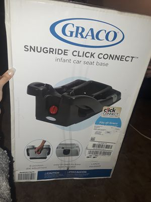 Graco SnugRide Click Comnect Infant Car Seat Base for Sale in Oroville, CA