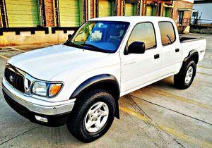 ֆ14OO 4WD Toyota Tacoma Clean for Sale in Highgate, VT