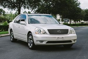 I SELLING MY LEXUS GS300 <WHITE AUTOMATIC\<<>> for Sale in San Francisco, CA