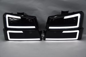 03-06 Chevy Silverado avalanche 1500 led cstyle headlight black housing smoked lens 4pcs complete for Sale in Los Angeles, CA