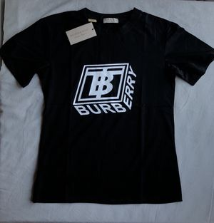Black Burberry t shirt for Sale in Miami, FL