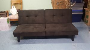 Futon couch/bed for Sale in Dixon, CA