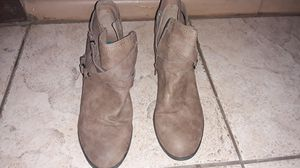 Brown Boots - Women Size 10 for Sale in Rialto, CA