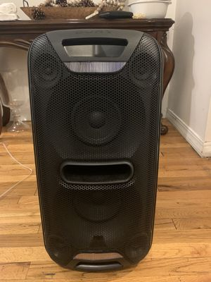 Sony Bluetooth speaker for Sale in New York, NY