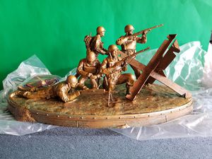 Call of duty WWII Valor Collection Statue 2017 for Sale in San Fernando, CA