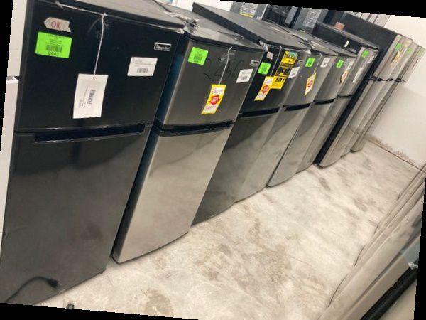 Magic Chef Mini Refrigerators 4.5 cu. ($133-$169) 4JP