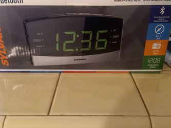 BRAND NEW - Sylvania Blue Tooth Jumbo Digital Clock Radio for Sale in Fort Lauderdale,  FL
