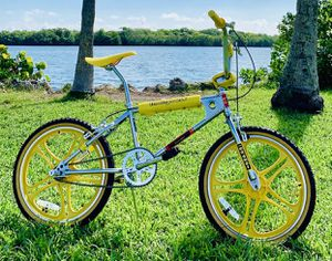 Stranger Things Special Edition Mongoose Bicycle for Sale in Miami Lakes, FL