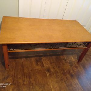 Vintage Wood Coffee Table 23x46inches. Was Sanitized Well😀. Make Offer for Sale in Kissimmee, FL