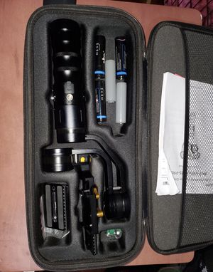 "iKan 3- axis Handheld Stabilizer Gimbal ""Beholder MS- PRO"" for Sale in Chicago, IL"