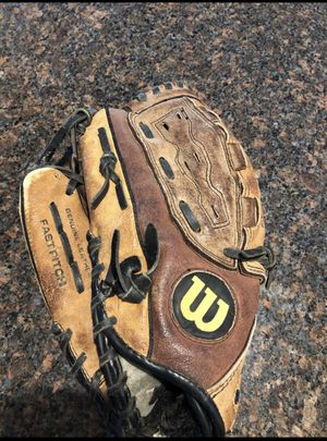 "Left handed Wilson fast pitch softball glove 11 1/2"" for Sale in Yorba Linda, CA"