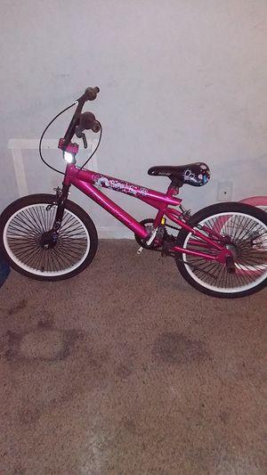 Boy bike and girl bike for Sale in Austell, GA