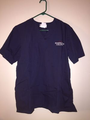 Scrubs Top Navy Blue Medium Navy Blue with Pockets New for Sale in Honolulu, HI