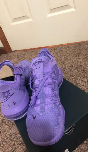 LeBron 16 low Atomic Violet for Sale in Ligonier, IN