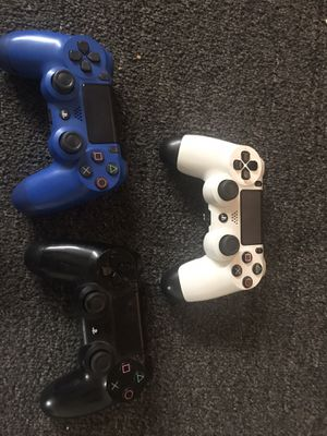 PS4 controllers for Sale in Fresno, CA