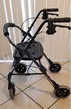 Nova Cruiser Deluxe Mobility walker for Sale in Peoria, AZ