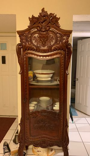 Antique display cabinet, with secret storage compartment for Sale in North Miami Beach, FL