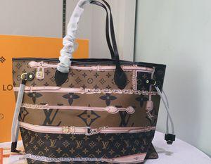 2020 brown handbag for Sale in Moreno Valley, CA