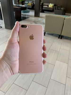 IPhone 7 Plus 128 GB {AT&T and Cricket} for Sale in Chantilly, VA