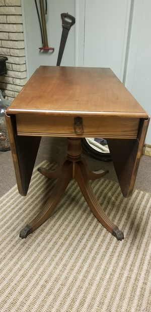 Antique table claw feet for Sale in Groveport, OH