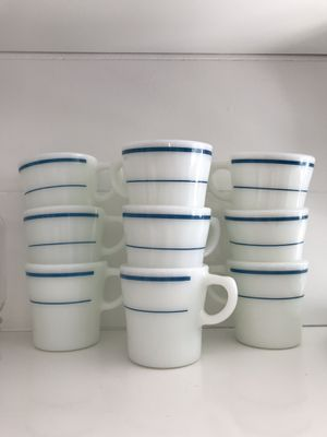 Small Vintage Pyrex Mugs for Sale in Black Diamond, WA