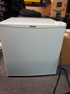 Haier mini refrigerator for Sale in Stevenson Ranch, CA