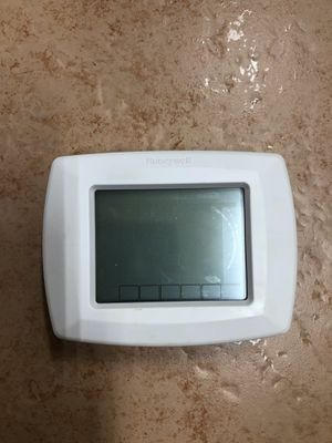 Honeywell RCT8200 digital thermostat for Sale in Sunrise, FL