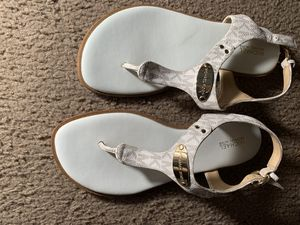 Thong sandals 7 1/2 for Sale in San Antonio, TX