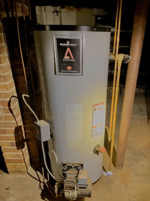 Bradford White 30 Gal oil fired Hot Water Heater for Sale in Batsto, NJ