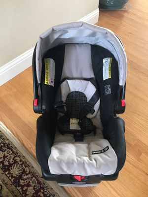 Car seat Graco snugride for Sale in Woodburn, OR