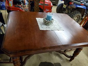 Antique dining room table and chairs for Sale in Apollo, PA