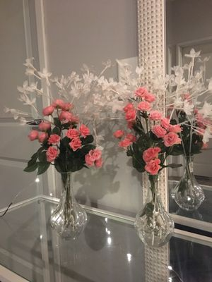 Blush pink flowers in vase for Sale in Rochester, MN
