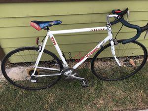 Road bike for Sale in San Marcos, TX