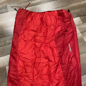 Marmot Kids Trestles 40 sleeping bag for Sale in Beavercreek, OR