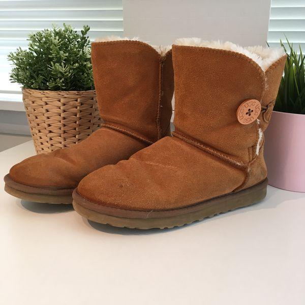 UGG BAILEY BUTTON BOOT Women Snow Boots