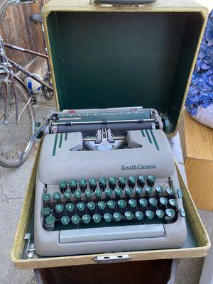 Antique typewriter for Sale in Stockton, CA