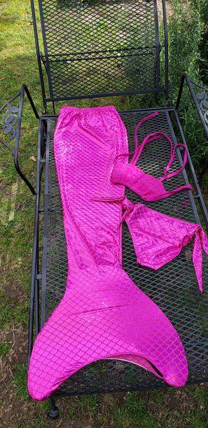 New childrens mermaid bikini mono tail 6-7 for Sale in Santa Fe Springs, CA