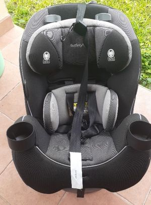 Graco car seat grow and go for Sale in Miramar, FL