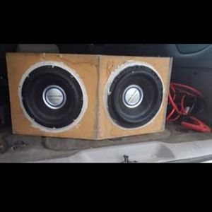 12' Speakers Box And Amp for Sale in Lena, LA