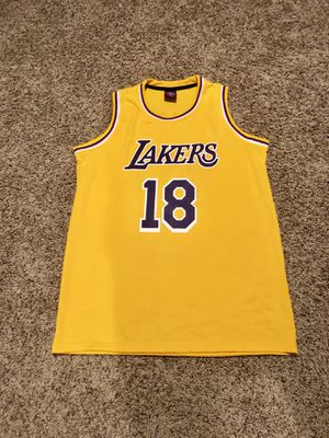 XL Lakers #18 , 19 Wish Jersey for Sale in San Jose, CA